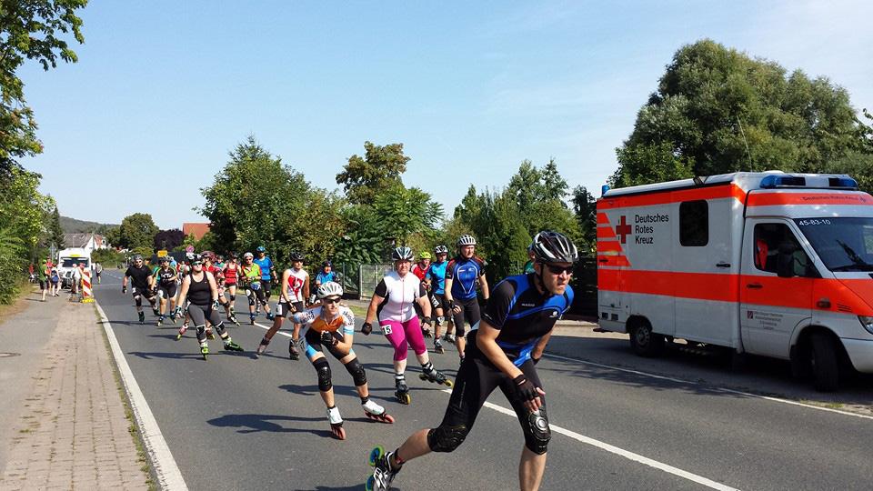 Skater am Start des Halbmarathons (Foto: DRK Laatzen)